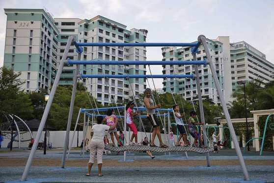 Parc Life EC at Sembawang is just next to Canberra Park. The park has the most number of swings in singapore.